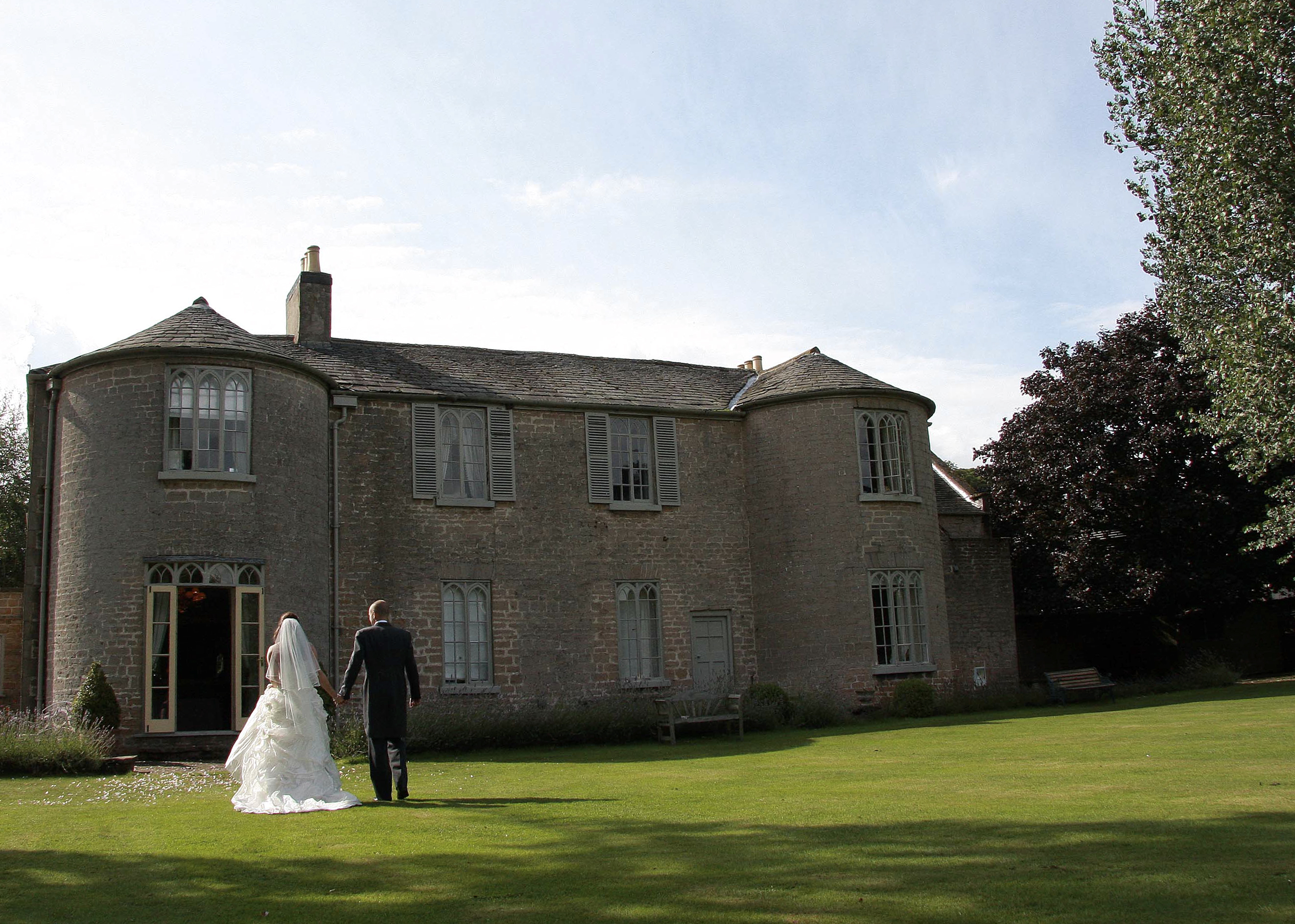 Weddings at Cockliffe Country House Hotel